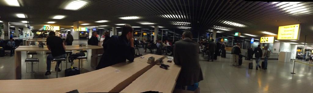 Suasana di bandara Schipol, Amsterdam